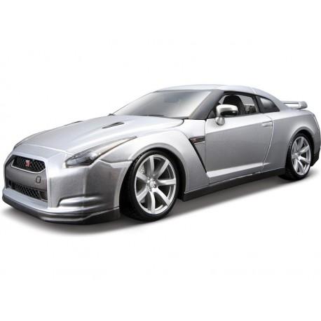 Bburago auto Nissan GT-R 1:18 strieborné