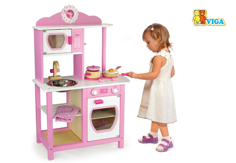 Drevená kuchynka pre princezné