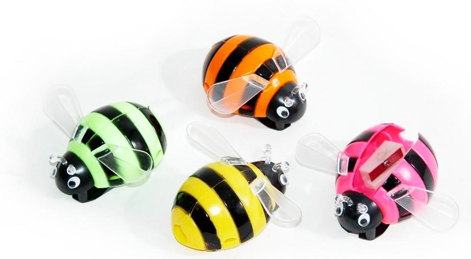 Orezávatko včelička 8cm