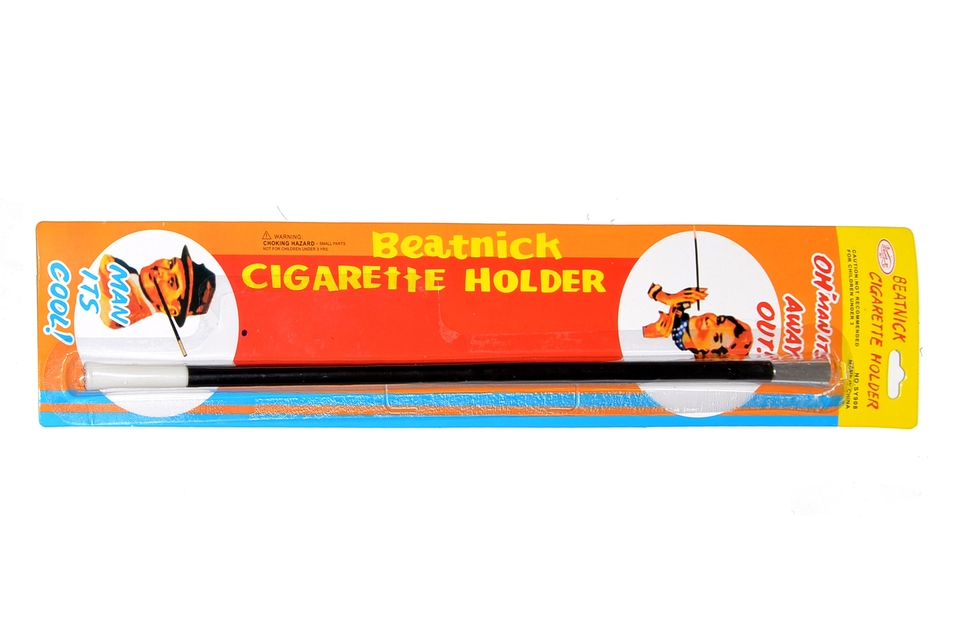 Špička na cigaretu karneval 32cm