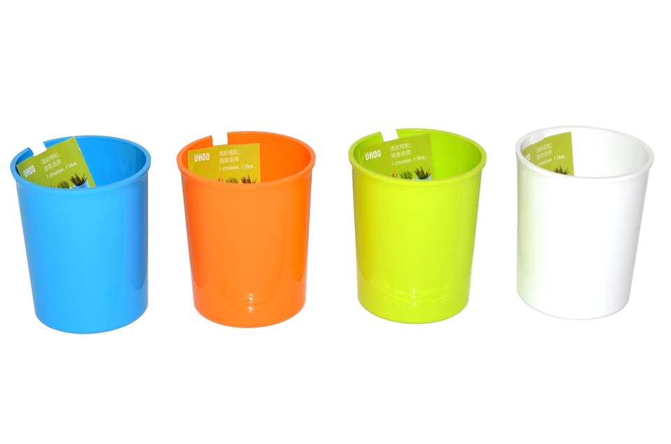Stojan plastový guľatý - zelená