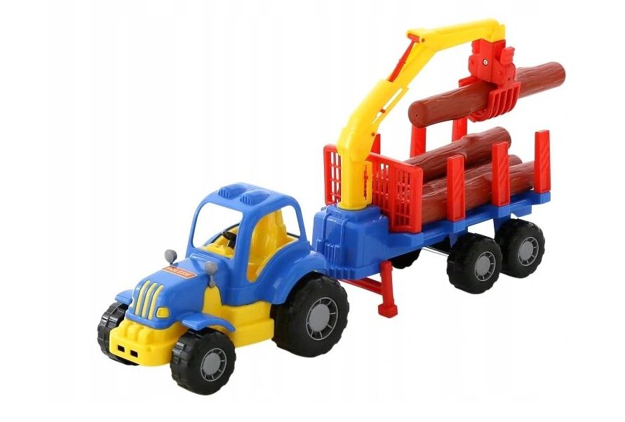 Traktor s ťahačom na prepravu guľatiny